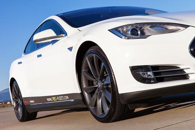 Tesla der Firma neo