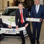 """Das """"grüne"""" Kennzeichen für Elektroautos und die damit verbundenen Vergünstigungen – Wels zeigt sich wieder als Vorreiter!   E Auto Kennzeichen Oesterreich Foto David Kotrba Kopie 2"""