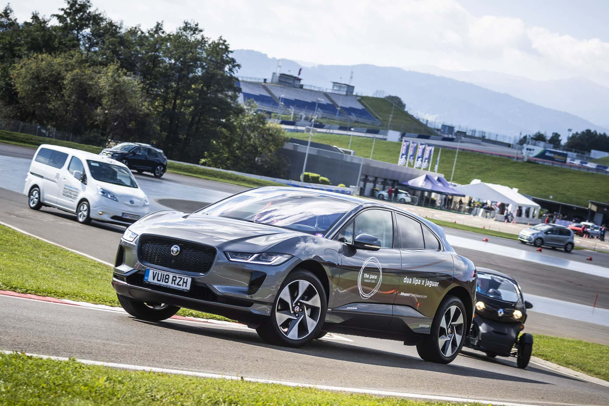 E-MOBILITY PLAY DAYS 2018 LOCKTEN 39.500 BESUCHER AN! » E Mobility Play Days 2018 E Driving Experience © Philip Platzer Red Bull Content Pool