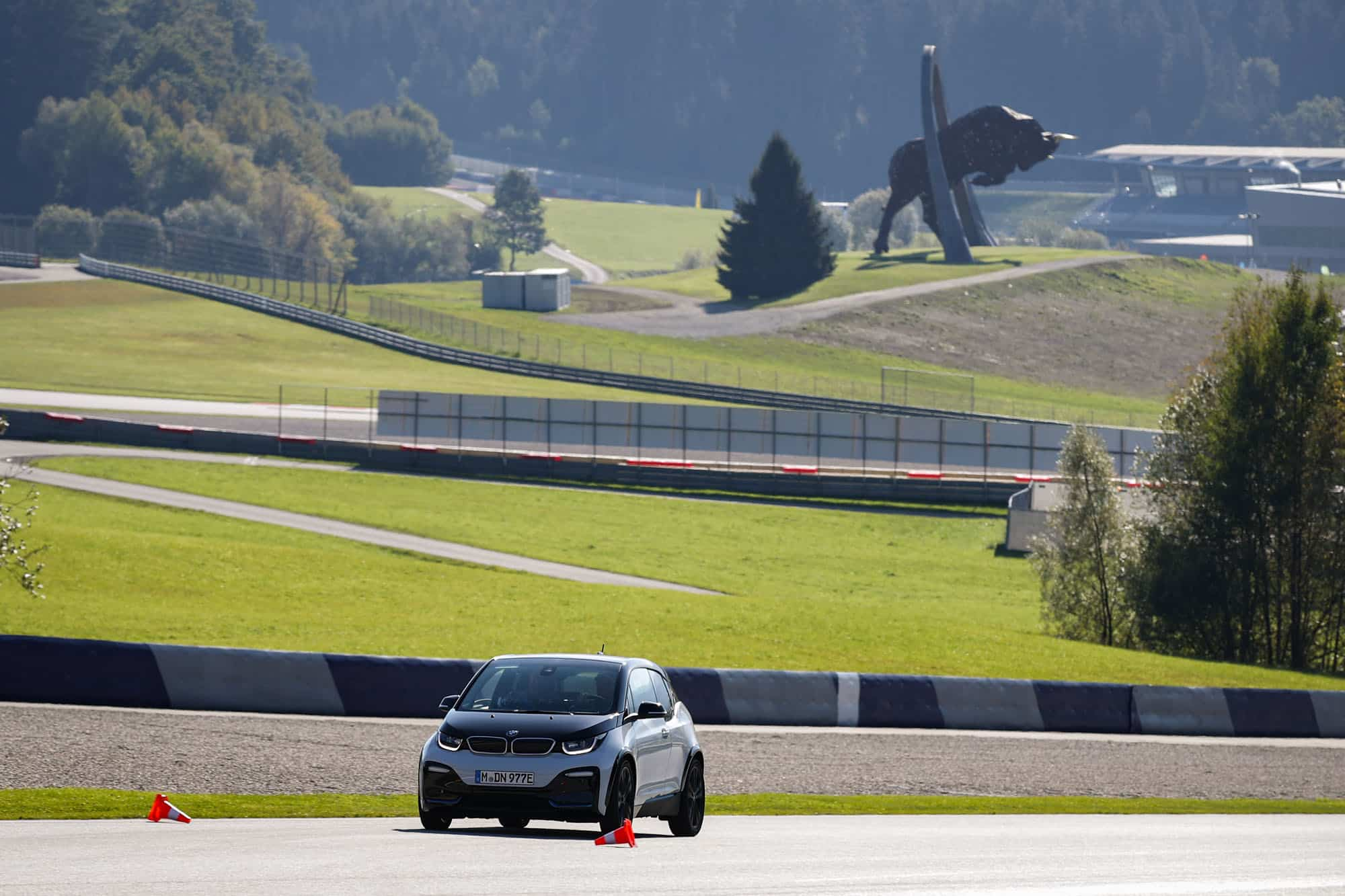 E-MOBILITY PLAY DAYS 2018 LOCKTEN 39.500 BESUCHER AN! » E Mobility Play Days 2018 E Driving Experience BMW © Christian Walgram Red Bull Content Pool