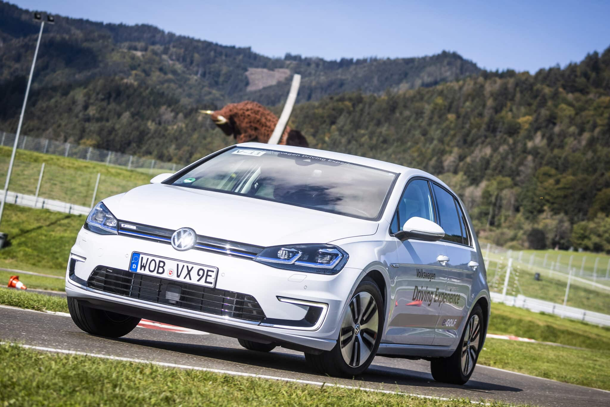 E-MOBILITY PLAY DAYS 2018 LOCKTEN 39.500 BESUCHER AN! » E Mobility Play Days 2018 E Driving Experience VW © Philip Platzer Red Bull Content Pool