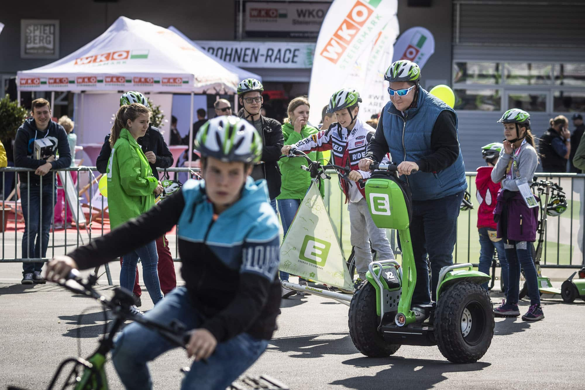 E-MOBILITY PLAY DAYS 2018 LOCKTEN 39.500 BESUCHER AN! » E Mobility Play Days 2018 Energie Steiermark © Philip Platzer Red Bull Content Pool
