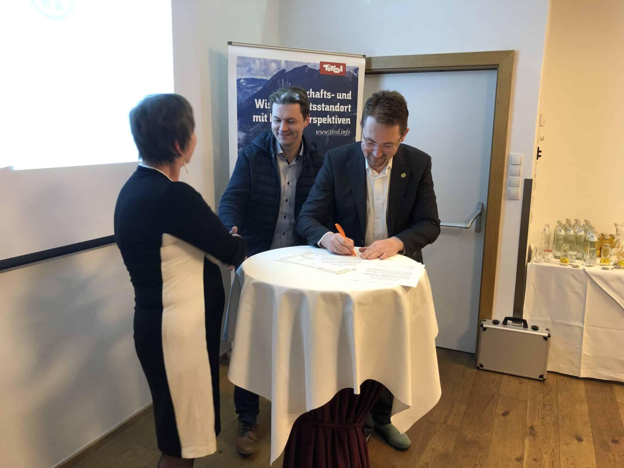 EMC tritt Partnerschaft mit Niederlanden bei » image3