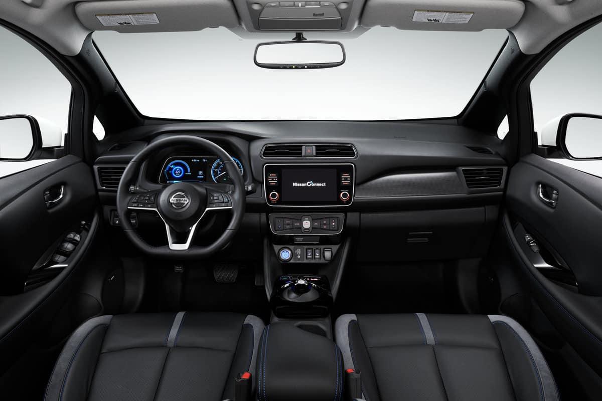 Mehr Leistung und größere Reichweite: Nissan Leaf 2019 » interior 01
