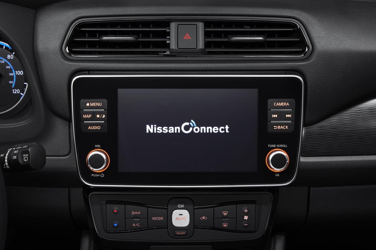 Mehr Leistung und größere Reichweite: Nissan Leaf 2019 » interior 03