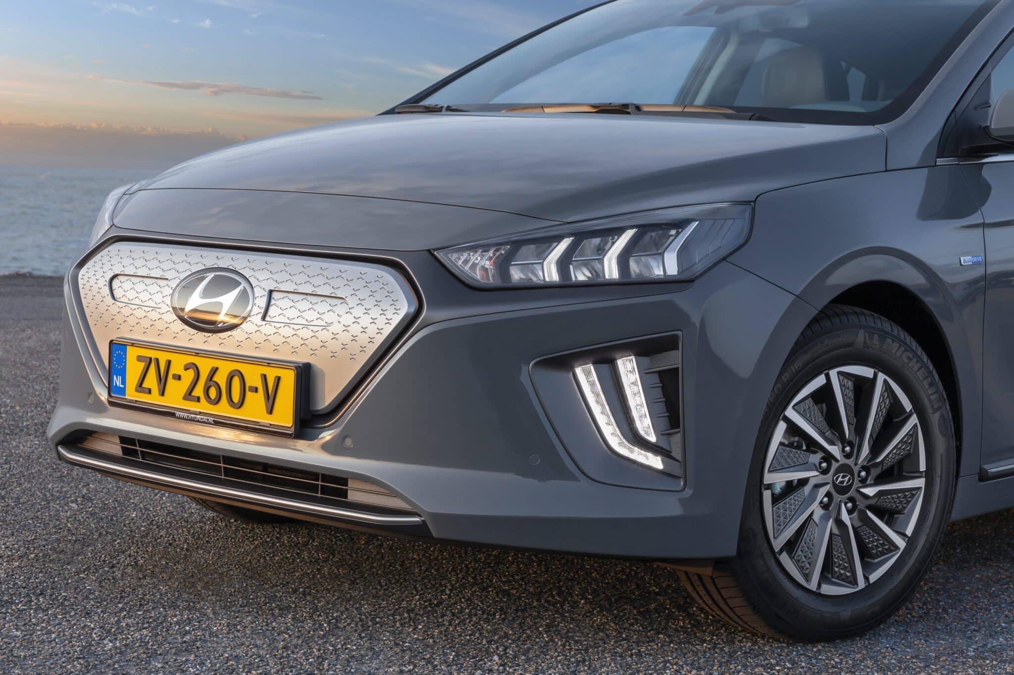 Hyundai IONIQ Elektro Facelift MY20 » hyundai ioniq elektro electric shadow 36 min