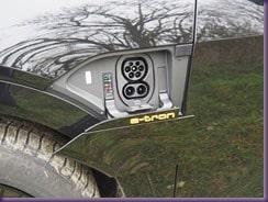 Praxistest - Audi e-tron » CCS Ladeanschluss thumb