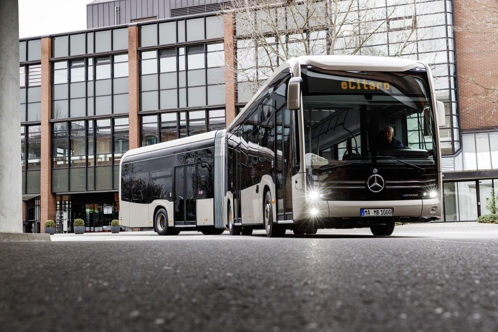 Vollelektrischer Mercedes Benz eCitaro G - Gelenkbus » 20C0146 022