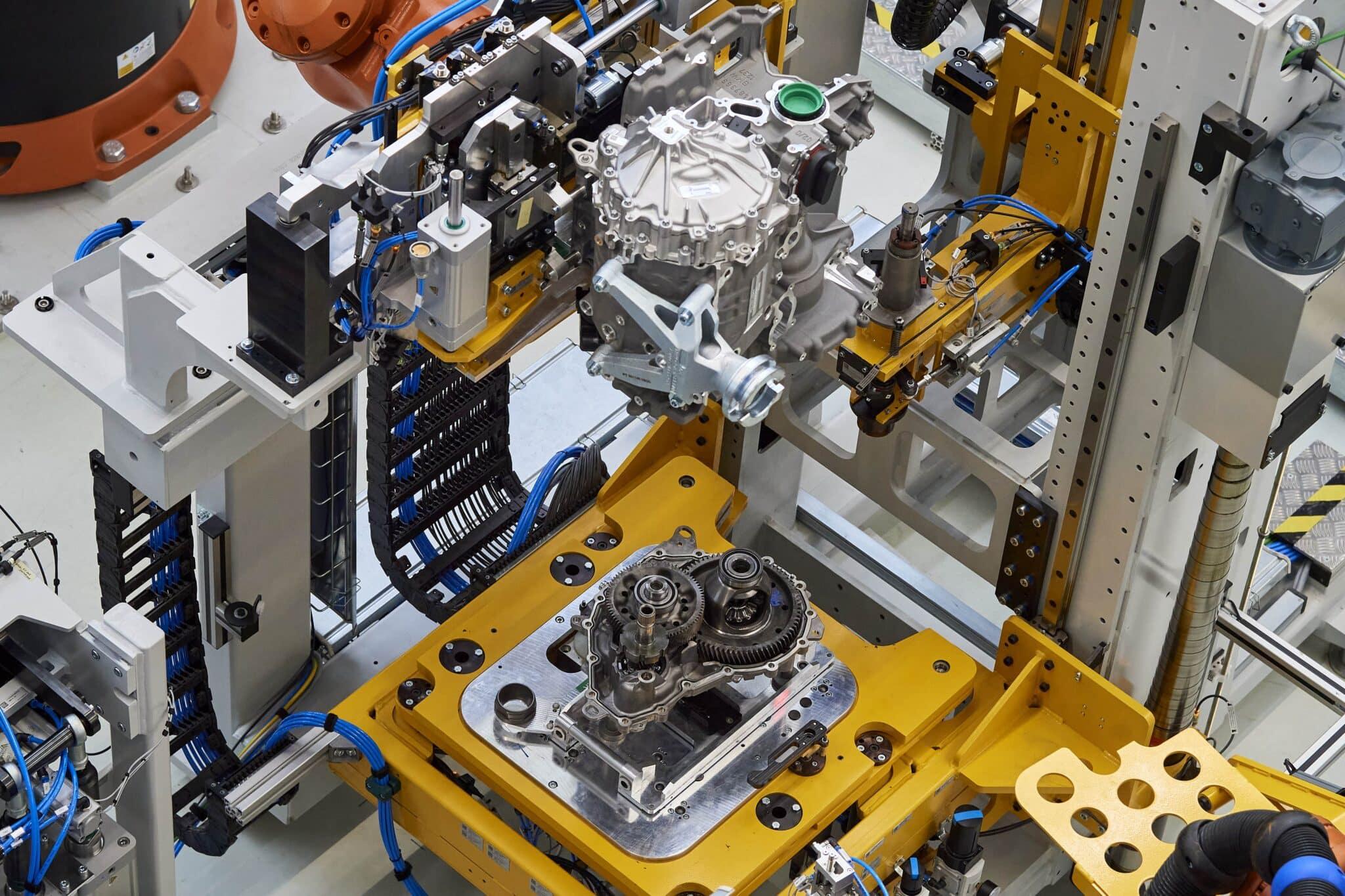 BMW Group beschleunigt Elektromobilität | P90392502 highRes min scaled