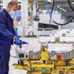 BMW Group beschleunigt Elektromobilität » P90392505 highRes min