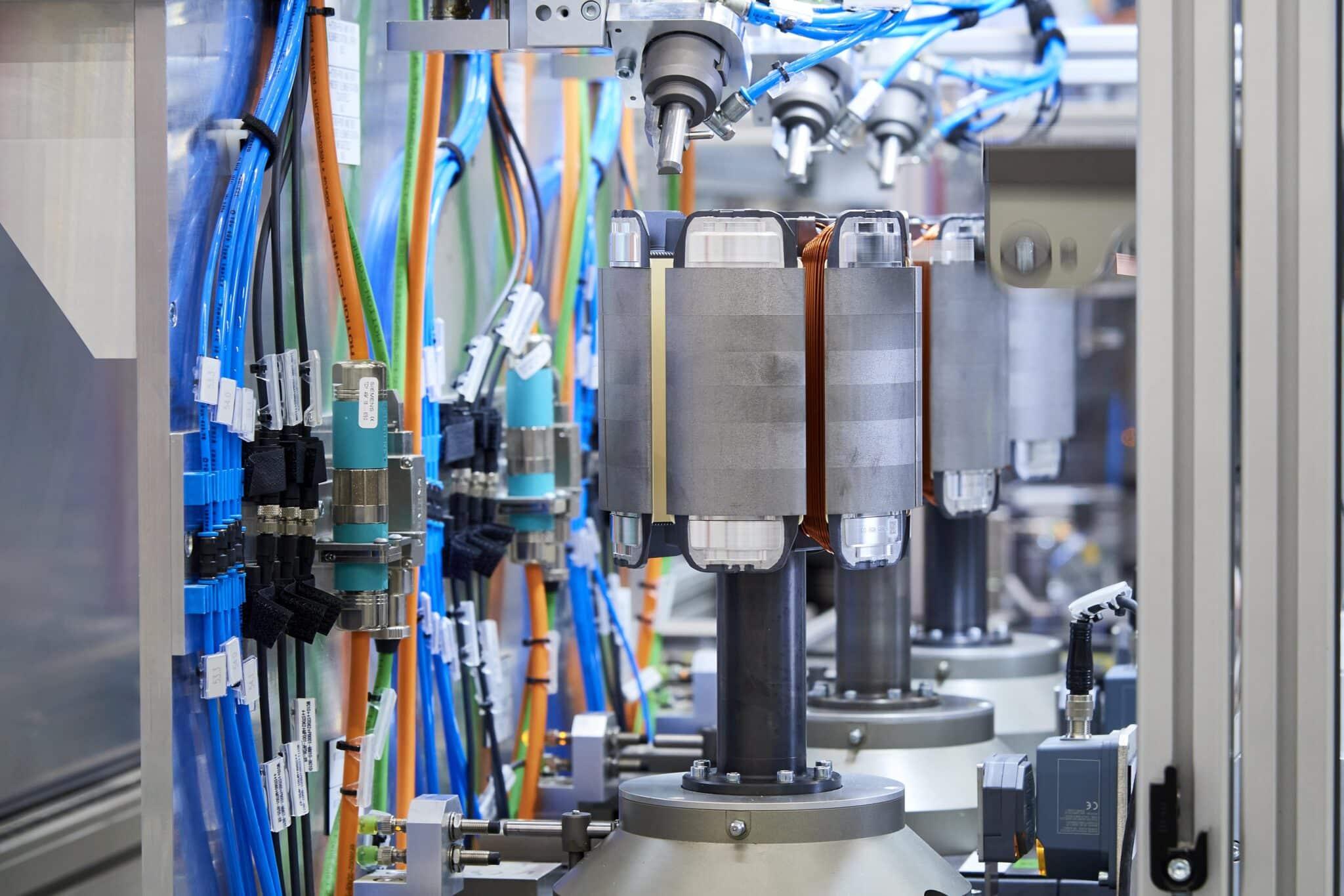 BMW Group beschleunigt Elektromobilität | P90392506 highRes min scaled
