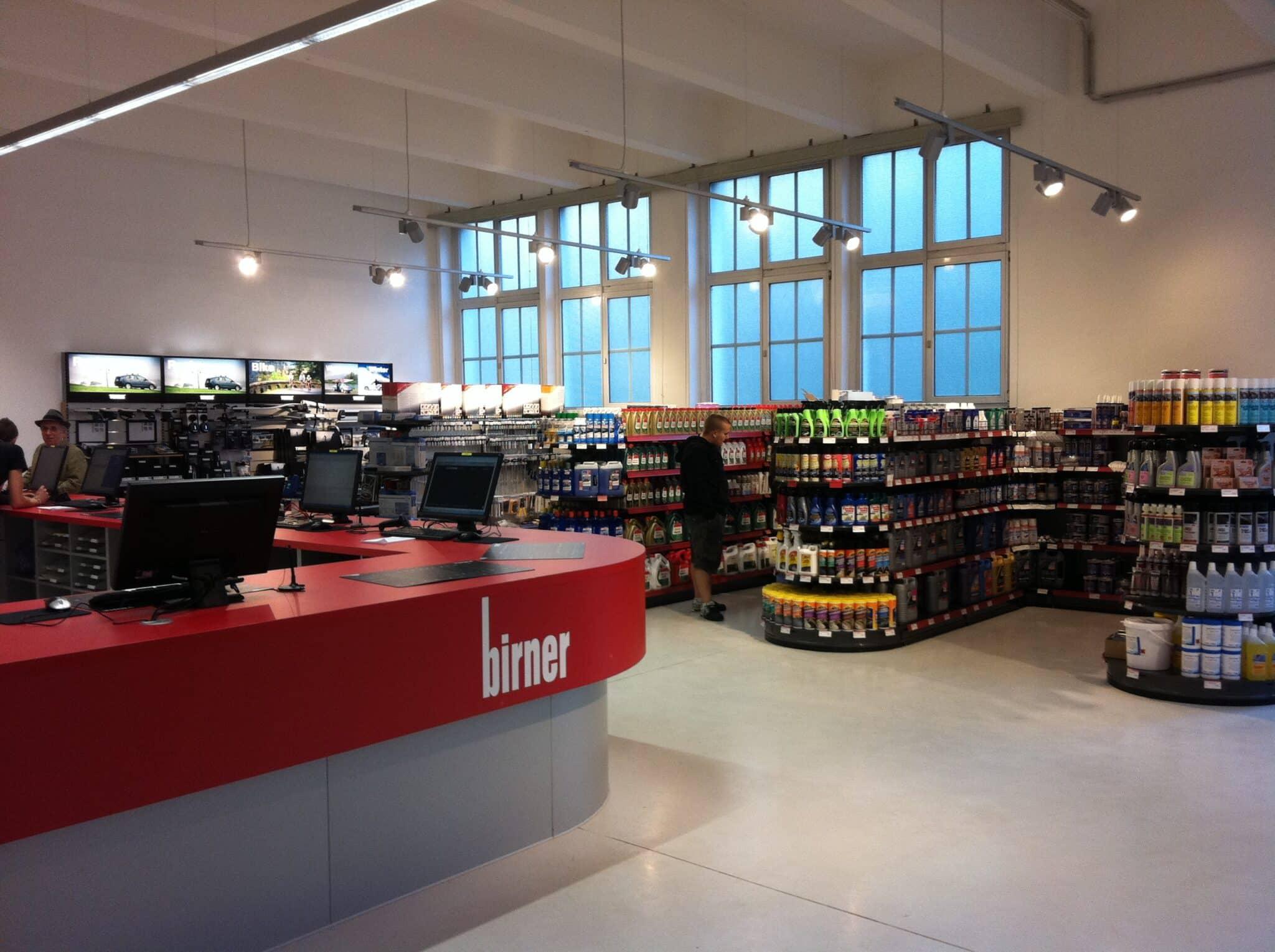 Birner GmbH - Neuer EMC Vorteilspartner | Verkaufsinnenraum scaled
