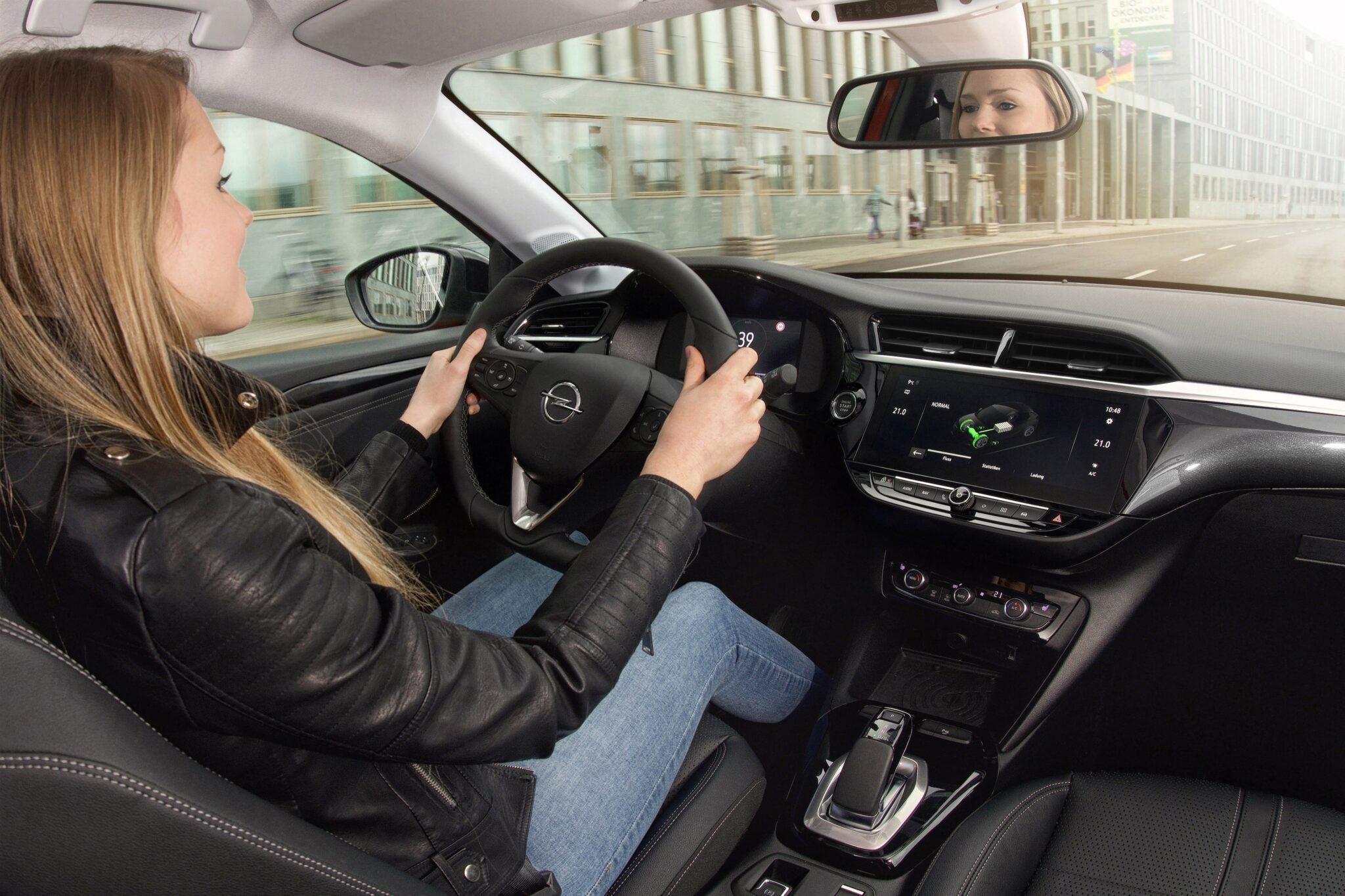 Opel Corsa E – ein Auto ohne Überraschungen? | 01 Opel Corsa e 511136 min scaled