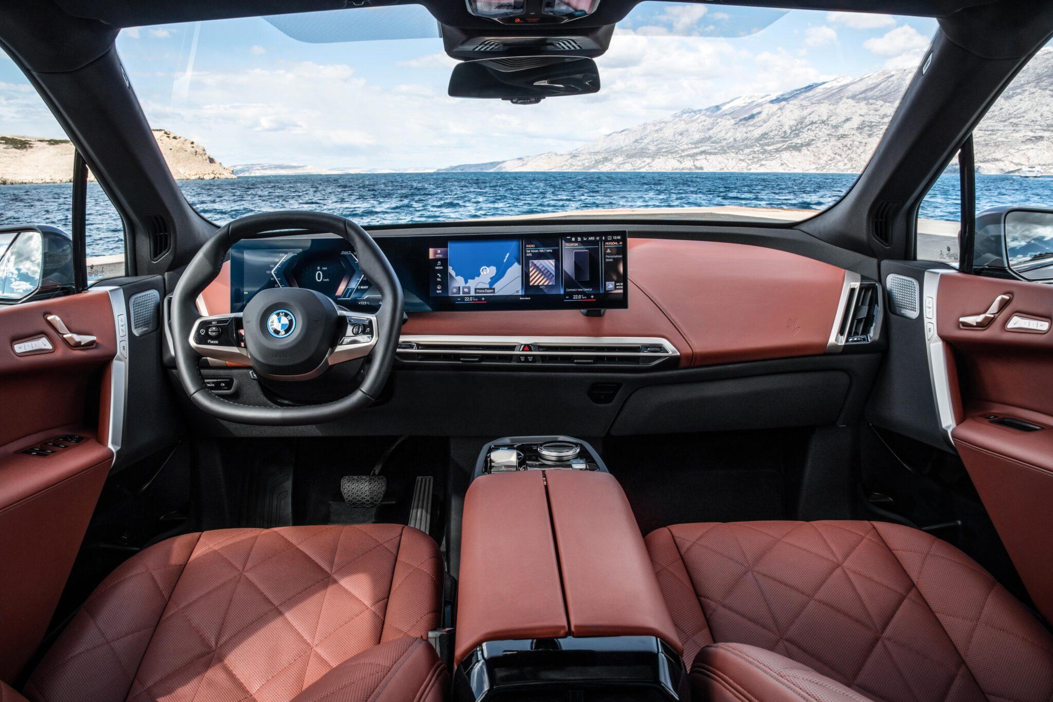 Der erste BMW iX. | P90422167 highRes the first ever bmw i min scaled