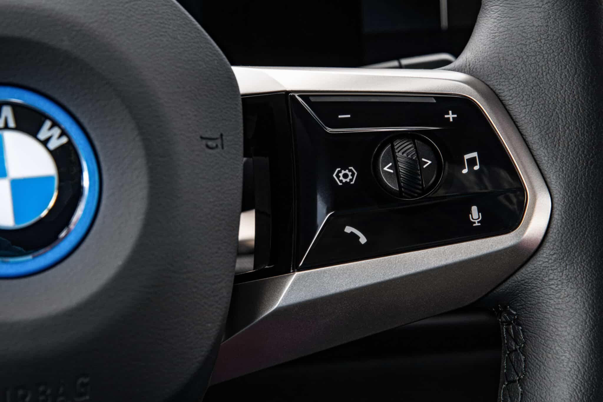 Der erste BMW iX. | P90422172 highRes the first ever bmw i min scaled