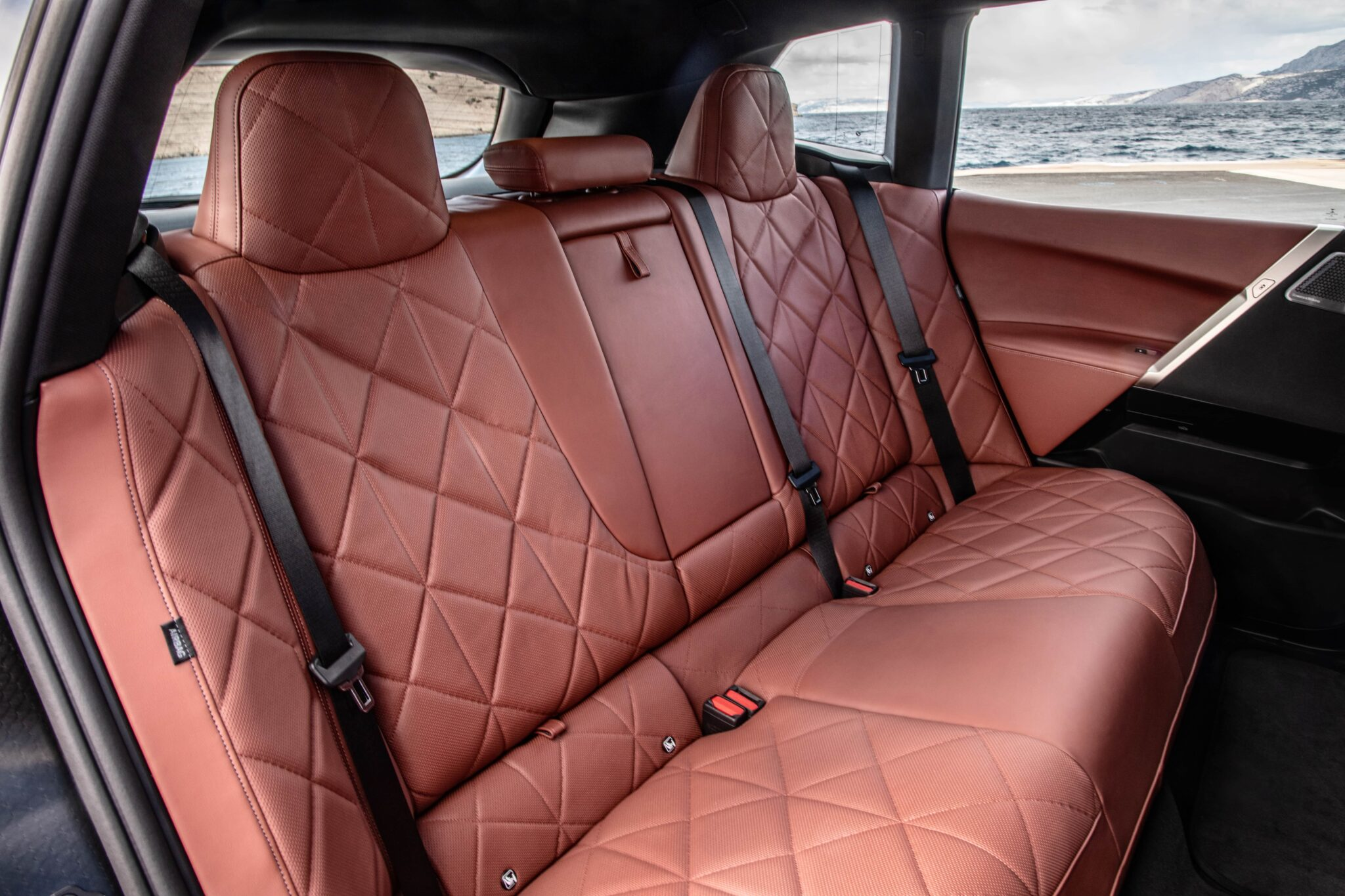 Der erste BMW iX. | P90422177 highRes the first ever bmw i min scaled