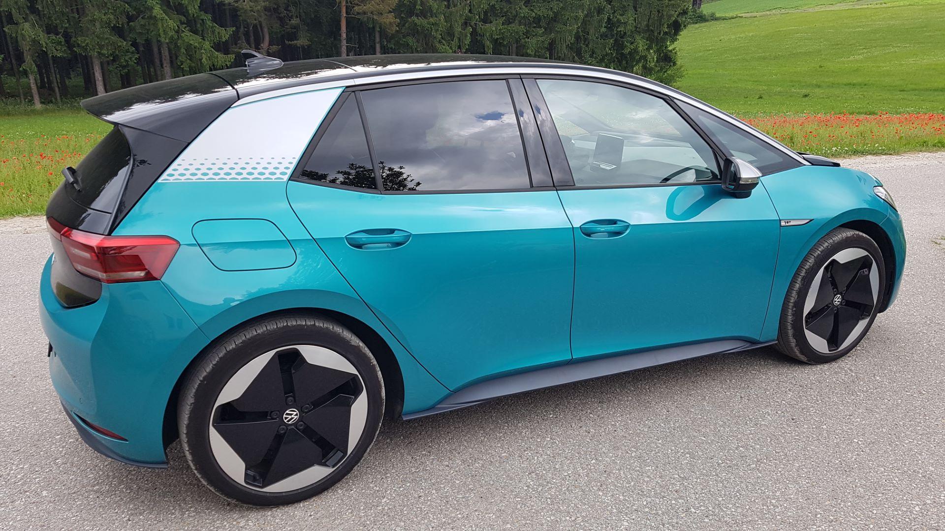 Volkswagen ID.3 - Praxistest | 20210624 160816 Seitlich min